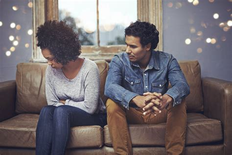 couples fighting how to successfully resolve conflicts in a relationship