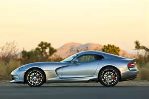 the 2015 dodge viper srt has lots from custom wheels to a