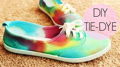 diy tie dye shoes 15 different things to tie dye