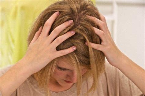 bruciori alla testa prurito in testa cause rimedi e cosa fare tanta salute