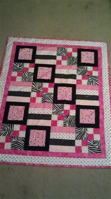 Quilt Definition by Quilt With Definition Squares Blocks Stripes And