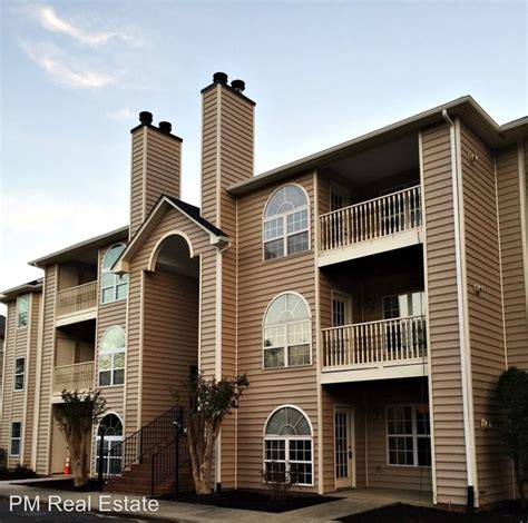 Apartments In Greensboro Nc On Friendly Ave 6702 W Friendly Ave Greensboro Nc 27410 Rentals
