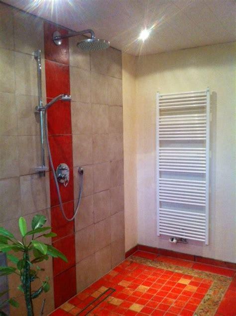 duschen glas vorteile einer dusche ohne glas der badm 246 bel