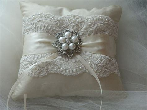 How To Make A Ring Pillow For A Wedding by Wedding Ring Bearer Pillow Ivory Duppioni Silk Ringbearer