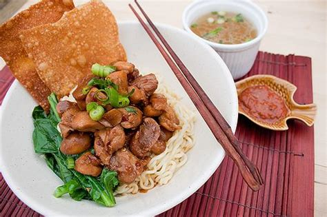 mie ayam jamur mushroom chicken noodle indonesian food 70 best images about indonesian savory on pinterest
