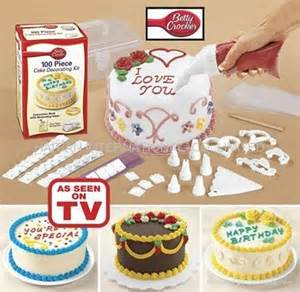 cake decorating kits for beginners miera edora collection 100pcs cake decorating kit