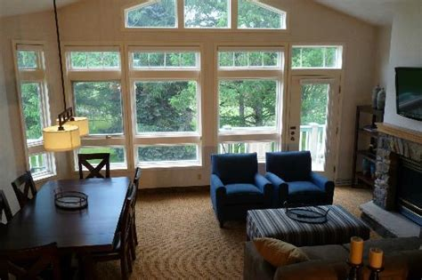 Great Room Windows Inspiration Great Room With Peak Ceilings Windows Picture Of Fairway Suites At Peek N Peak Clymer
