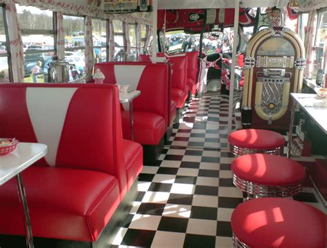 retro 50s diner decor 1950 s all american diner on wheels drive in restaurant