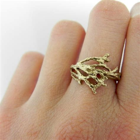 unique alternative wedding ring ideas
