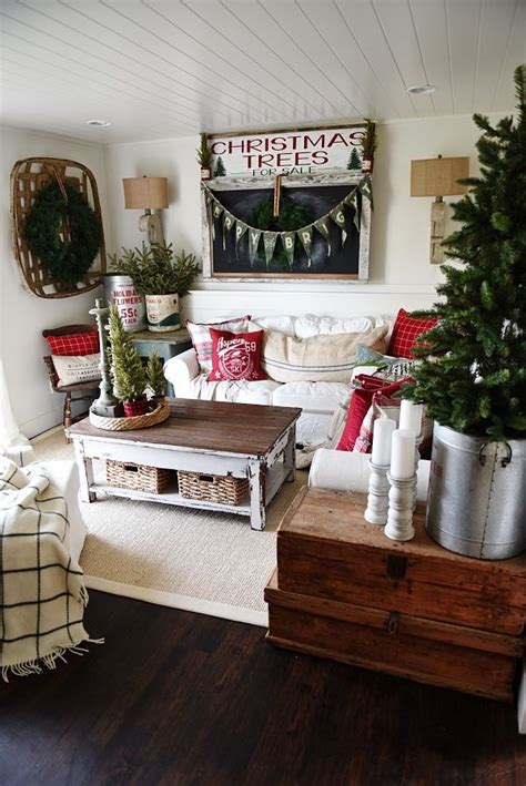 cozy rustic christmas cottage living room cottage christmas shabby chic christmas decorations