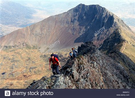 scrambling across the crib goch and crib y ddysgwl ridge