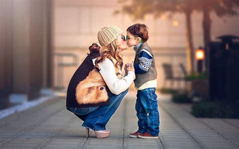 wallpaper cute girl and boy cute girl and boy kissing wallpaper wallpaper sportstle