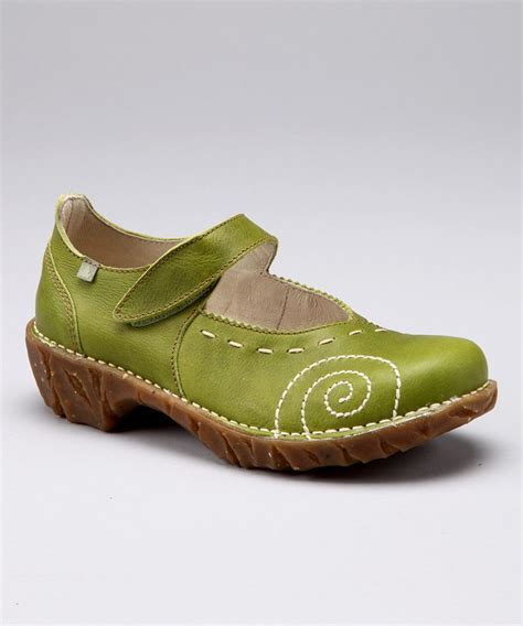 most comfortable womens shoes best 25 comfortable women s shoes ideas on pinterest