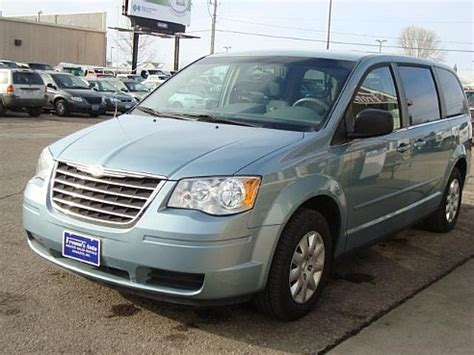 2009 Chrysler Town And Country Lx 2009 Chrysler Town Country Lx For Sale Mankato Mn 3 3