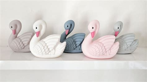 Sprei Dottie Collections Dottie Mini grey mini swan light dottie