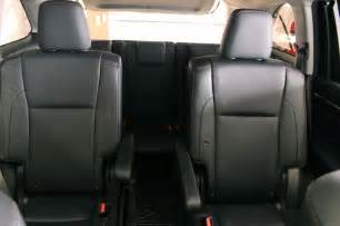 Toyota Highlander Captains Chairs 2014 Toyota Highlander Limited Awd Second Row Captain