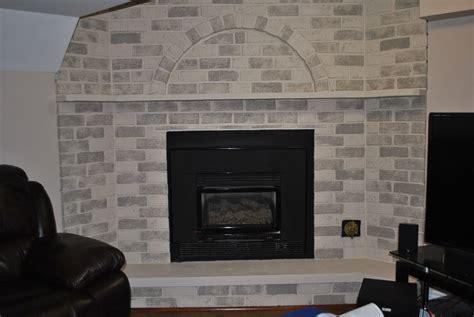 How To Whitewash Fireplace Brick by Whitewash Brick Fireplace Fireplace Designs
