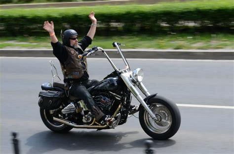 Unfall Motorrad Familie by Verr 252 Ckter Unfall Mit Dem Motorrad Elternkompass Dein