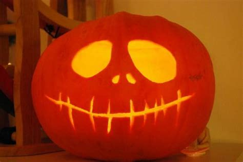 cool easy pumpkin carving ideas 63