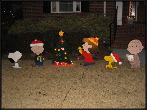 peanuts christmas wooden yard decorationshome design