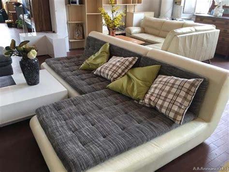 divano pelle e tessuto divano moderno tessuto offertes maggio clasf