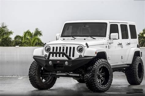 white jeep jku product of the week vpr4x4 ultima bumpers go4x4it a