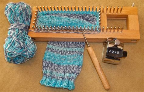 how to use loom knitting i made socks and you can loom knitting knitting
