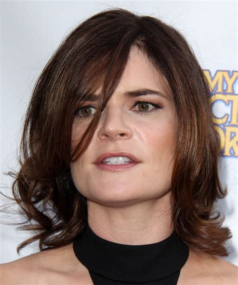 pictures of brandts braids 2014 betsy brandt medium wavy formal hairstyle with side swept