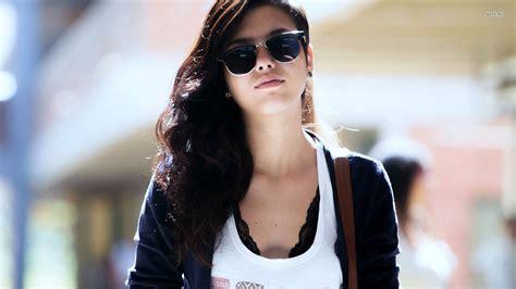 wearing sunglasses wearing sunglasses wallpaper