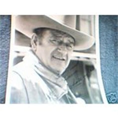 autograph signed photo 8x10 what s it worth wayne autograph authentic 8x10 signed photo 03 23 2007