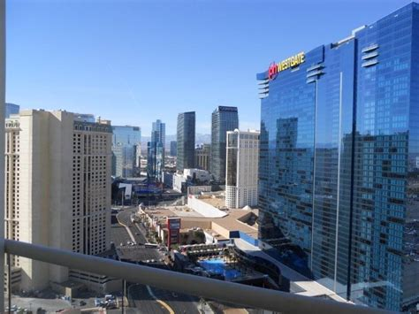 Apartment Deals Las Vegas Signature At Mgm Grand Condos For Sale Resales And