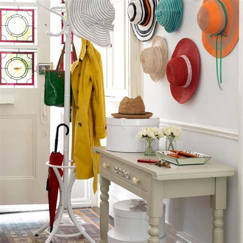 feature wall hallway country decorating ideas