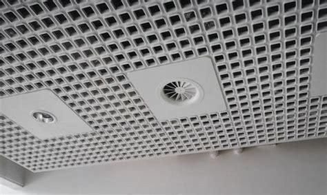 pannelli fonoassorbenti per soffitti isolamento acustico come proteggersi dai rumori a casa e