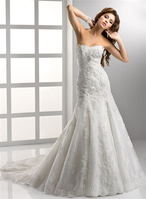 8 Gorgeous Dresses by Gorgeous Embroidered Strapless Wedding Dress Sang Maestro