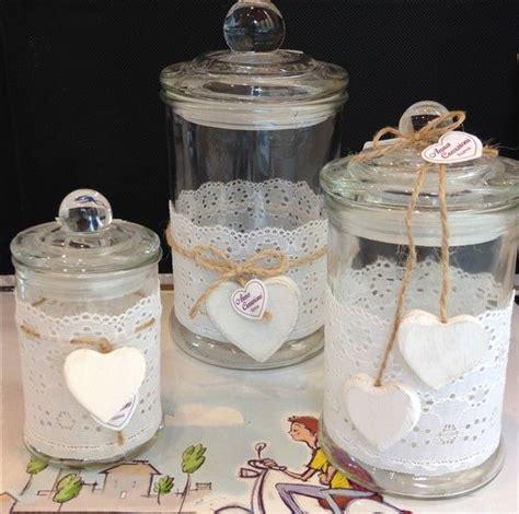 vasi shabby chic oltre 25 fantastiche idee su vasi di fiori decorati su