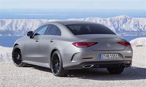 mercedes cls 500 amg price mercedes cls 2018 new amg line cars uk price and specs