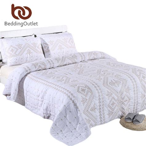 embroidered coverlet beddingoutlet embroidered quilt white 100 cotton