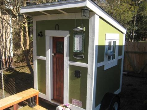 super small homes this tiny cabin on wheels makes most tiny houses look huge