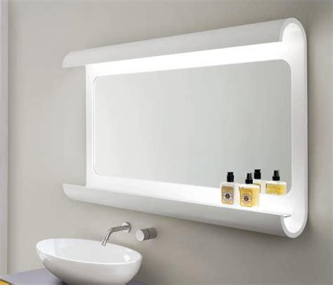 luce da specchio bagno specchiera da bagno in legno curvato con luce a led