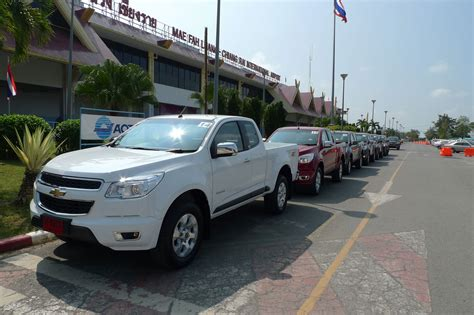 chevrolet colorado test drive chevrolet colorado test drive report from chiang image