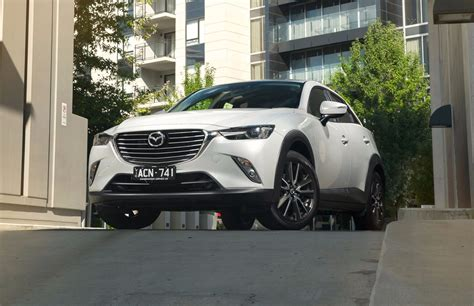 australia mazda review 2016 mazda cx 3 review carshowroom com au