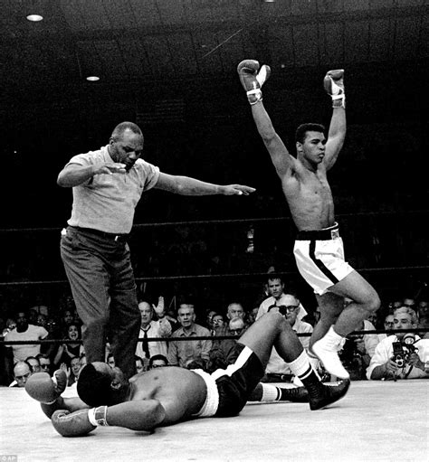 Muhammad Alis Fight by The Greatest Never Before Seen Photos Of The Moment