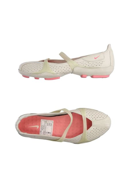 nike flats shoes nike ballet flats in lyst