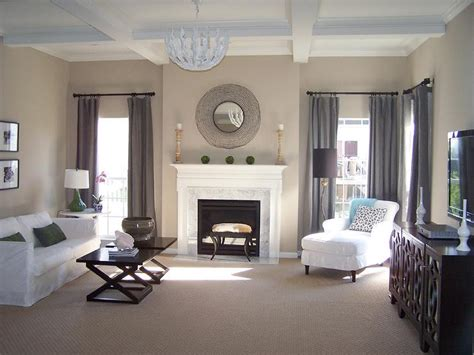 beige living room walls living room benjamin moore balanced beige