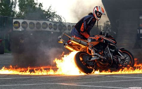 awesome motorcycle 5 awesome motorcycle wallpapers bikerpunks com