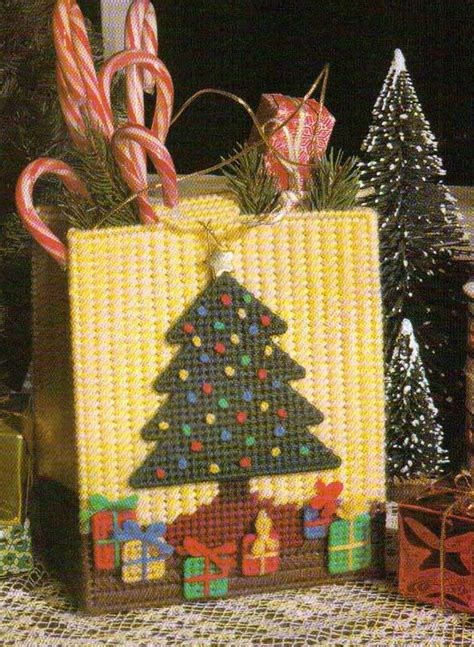 christmas tree gift bag tote plastic canvas pattern