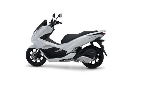 Pcx 2018 Abs Harga by 4 Pilihan Warna New Honda Pcx 150 Terbaru 2018 Abs Cbs