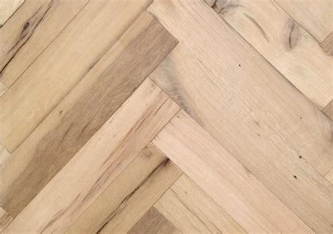 laminaat echt hout visgraat parketvloer echt oud hout ongeoliede look