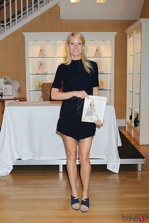 libro the imams daughter gwyneth paltrow promociona su primer libro my father s daughter en nueva york celebrities