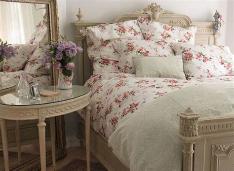 in the countryside shabby chic bedroom